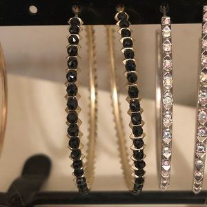 Kendra Scott Jewelry - Kendra Scott Birdie Black Beaded Gold Hoops